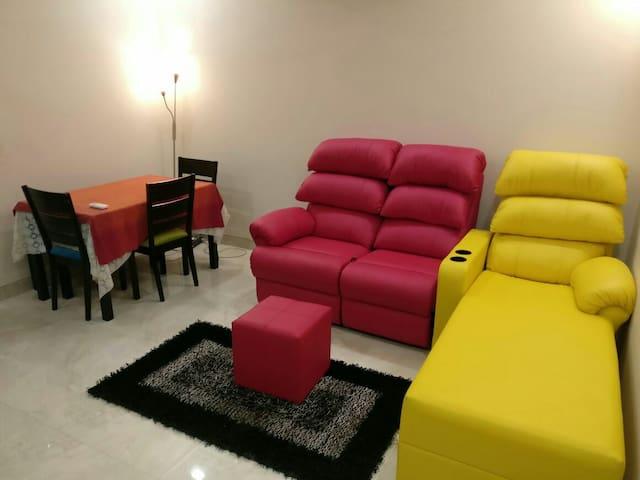 Luxury 1 Bedroom Living Room in GK Enclave 1