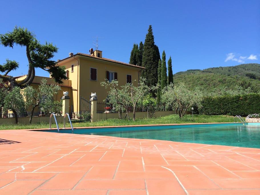 Room in tuscan countryside podere san giusto villas louer figline valdarno toscana italie - Piscina figline valdarno ...