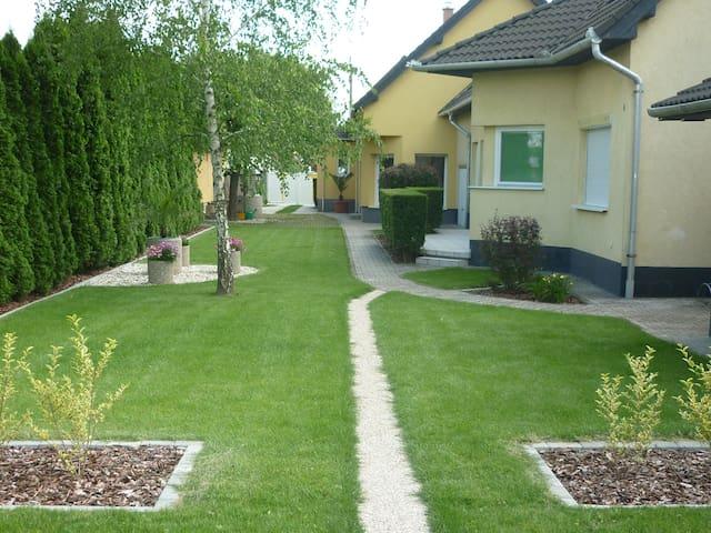Apartement im Ferienhaus-Donau - Kimle - House