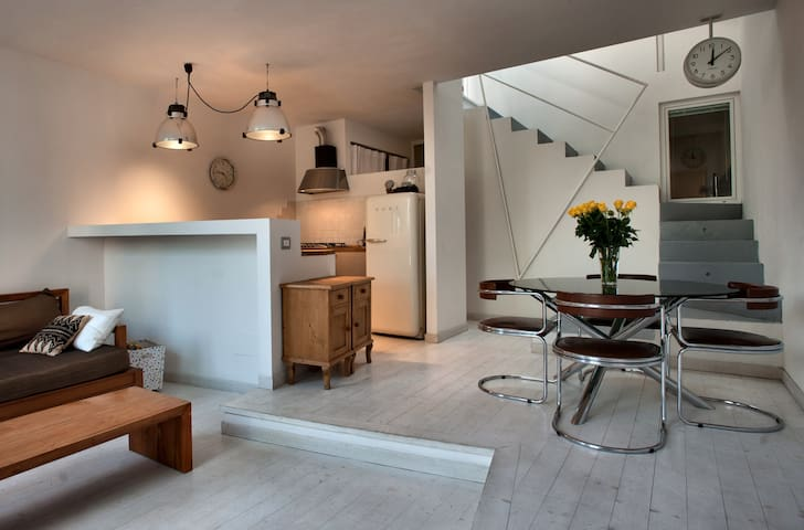 Lovely Loft ~ Free Public Parking - Milan - Loft