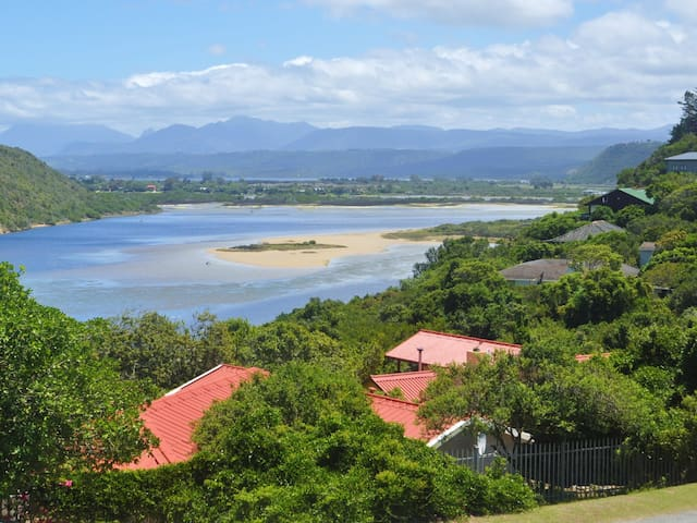 Lagoon and Sea view Loft for Two - Totally Private - Sedgefield - House