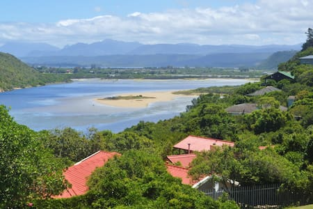 Sea and Lagoon View Loft for Two - Sedgefield - Maison