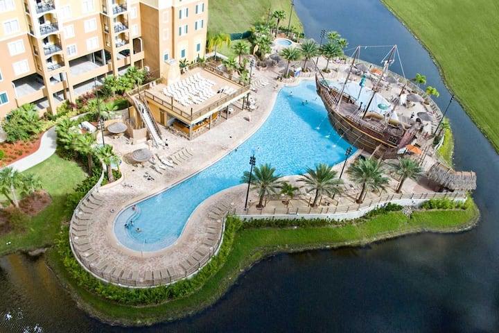 2 Bedroom luxury condo with pools near Disney