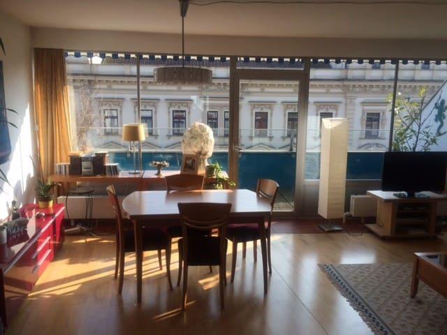 Zentrale Wohnung im Penthouse-Stil - Wels - Appartement