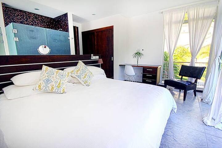 Surf, Sleep, Relax in Style & Comfort Villa #3 - Playa Guiones - Villa