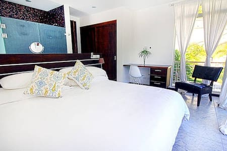 Surf, Sleep, Relax in Style & Comfort Villa #3 - Playa Guiones - 別墅