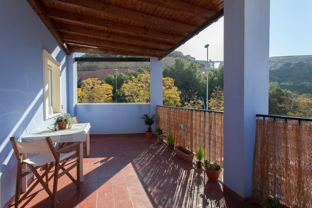 Sunny huge terrace with views to both Castles