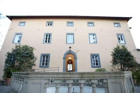 Villa Gherardi Hostel - Barga