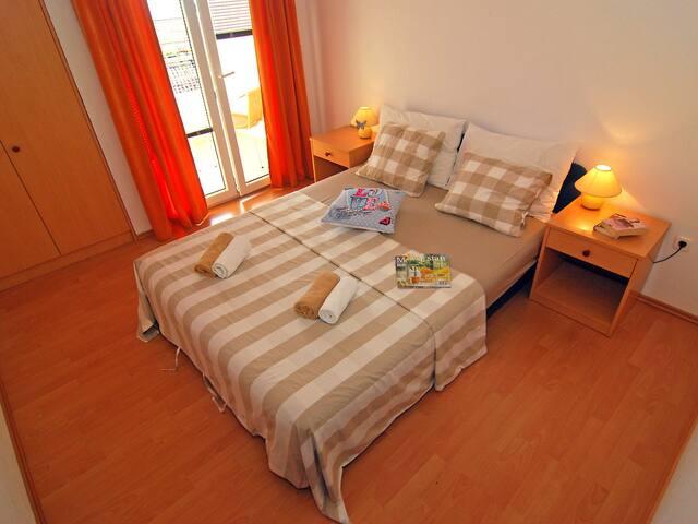 Kairos apartment for 4+2 people -21 - Trogir - Apartment