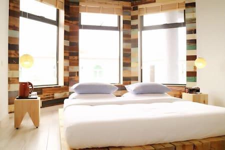 红珊瑚溱舍品寓美墅豪华浴缸6号房 - 深圳 - Villa