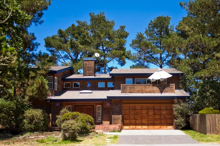 A Custom home, Nestle in the Pines of Cambria