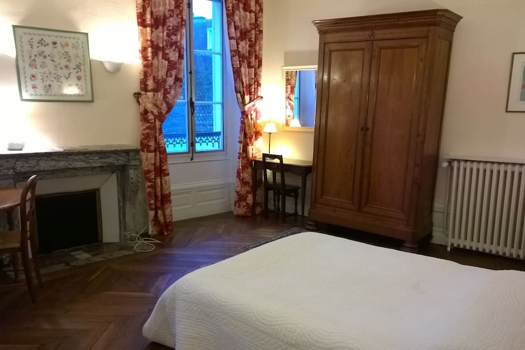 Very large double room A ,newly refusrbished, House 1