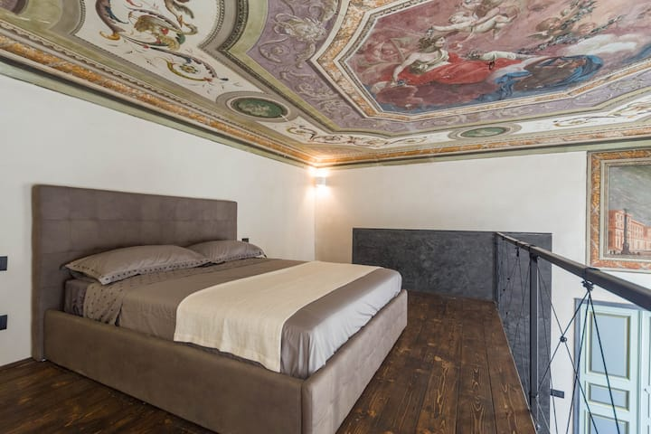 Charmin' Genoa - Historical House - Affresco Suite