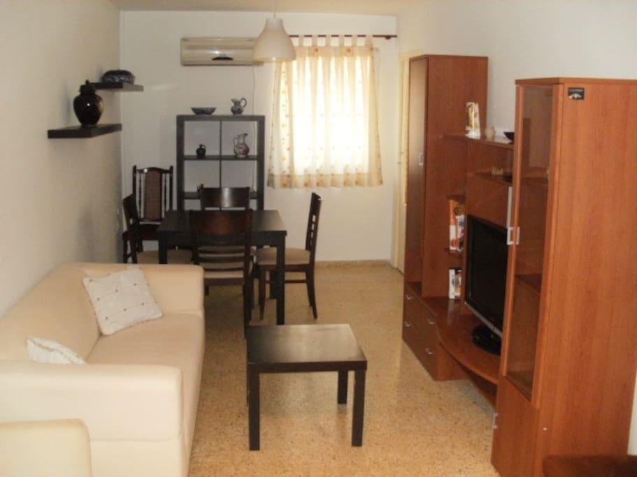 Habitacion piso centrico en sevilla apartments for rent for Piso 1 habitacion sevilla