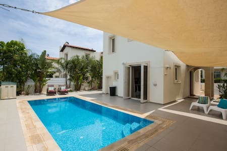 Pernera View Luxury Villa, Protaras - Пернера - Дом