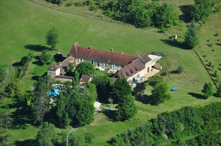 Domaine de La Bechade - rouffignac - House