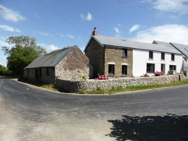 Luxury Pembrokeshire Targate Farm - Haverfordwest - Huis