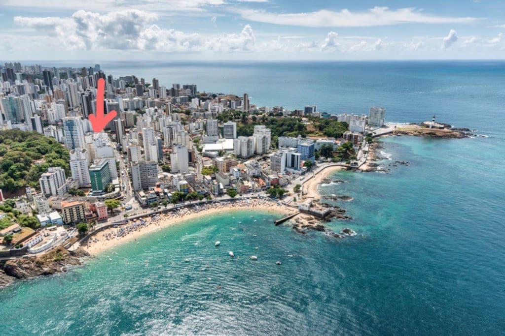Alí está nosso Airbnb! Perto da melhor praia de Salvador: Porto da Barra!!