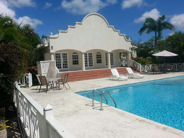 Crystal Court Condominium (Gated) - Barbados - Bridgetown - Apartemen