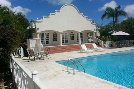 Crystal Court Condominium (Gated) - Barbados - Bridgetown - Wohnung