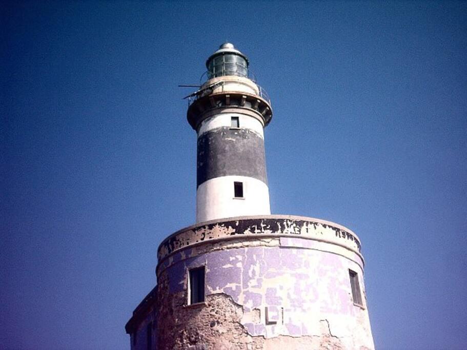 vicino...torre dell'isola dei cavoli,villasimius