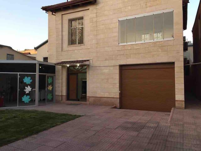 Villa ( Nizami street) 8 bedrooms