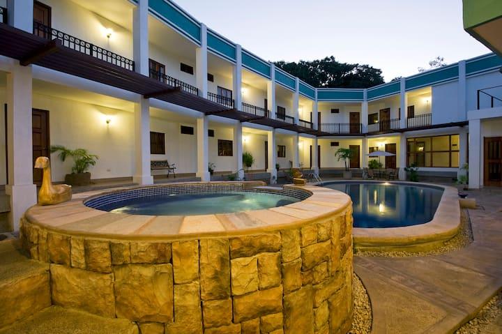 Hotel Céntrico en Managua ( Con Desayuno Buffet )