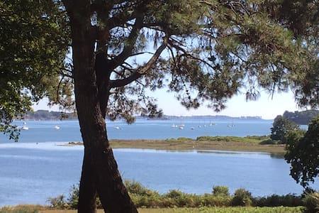 Site exceptionnel au bord du Golfe du Morbihan