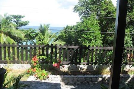 Beachside Studio, Glacis, Mahe, Seychelles - Mahe