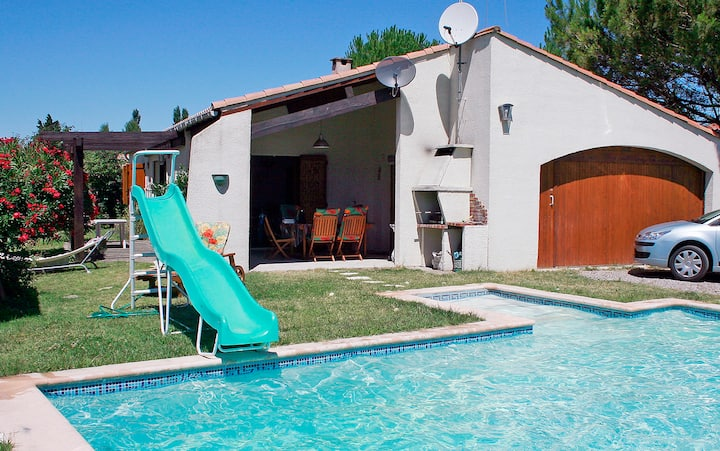 a holiday-home in a quiet village near Carcassonne