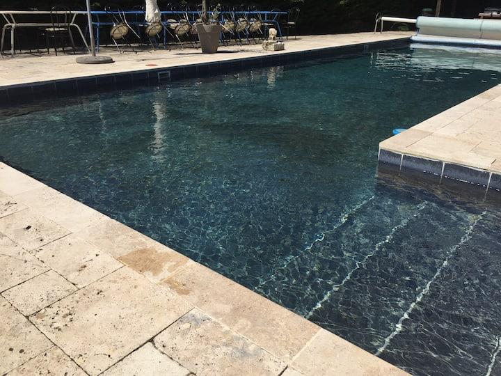 Ancienne ferme avec piscine chauffée  jusqu'à 25p