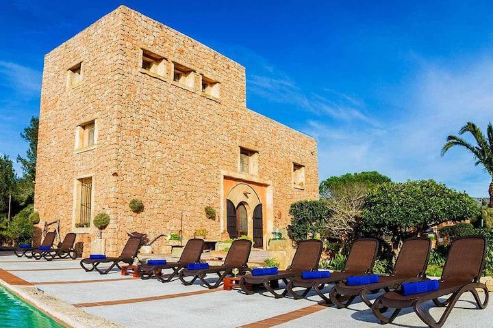 Preciosa villa con piscina en Alcudia