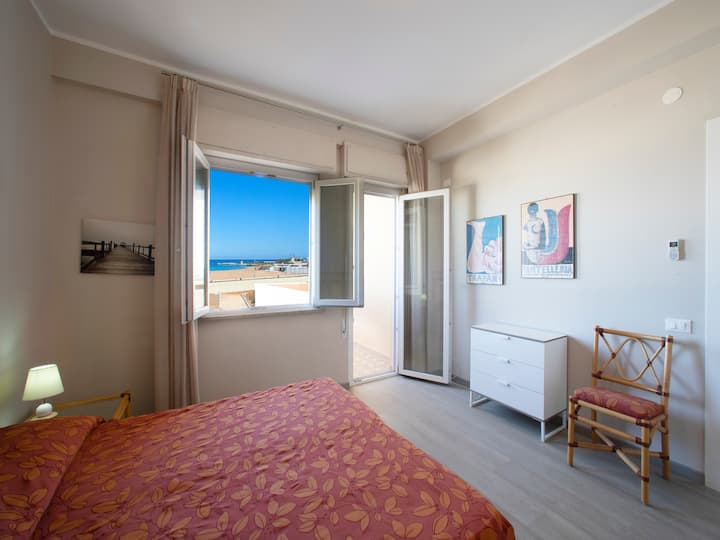 """TRAPANI APARTMENT """"FRONTBEACH"""""""