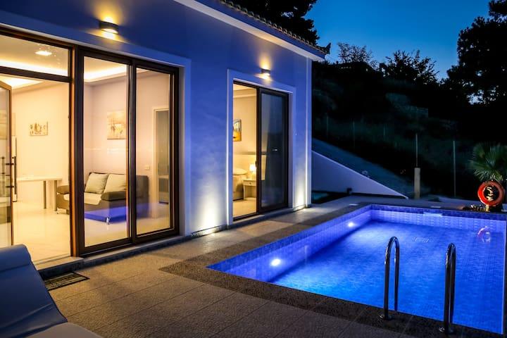 Bay View Villa Agios Sostis