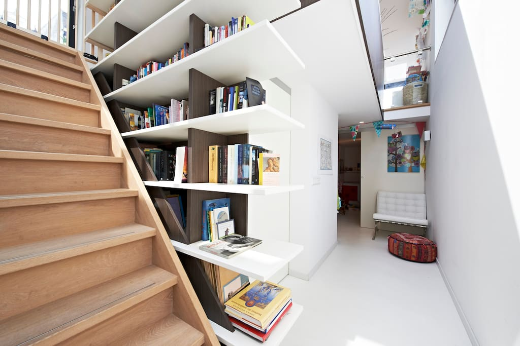 Stairs with book shelves of 5 meter