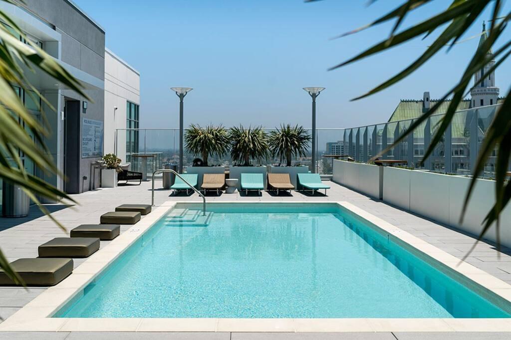 Airbnb Long Beach Convention Center