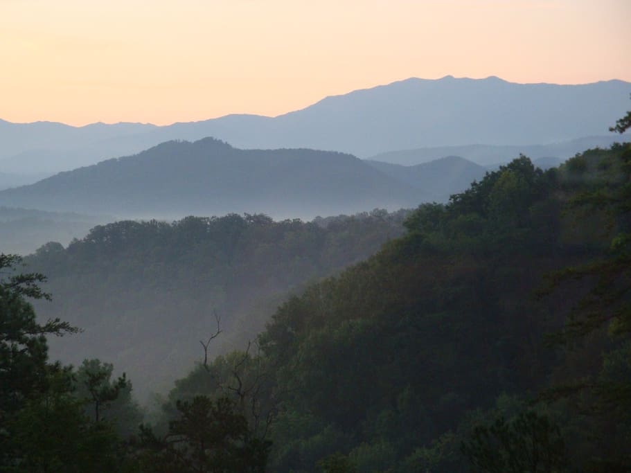 Views of Mt. LeConte & Great Smoky Mountain National Park