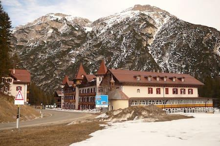 Appartamento in multiproprietà a Cortina alta!!! - Province of Bolzano