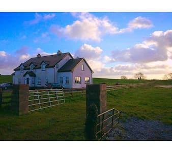 Modern 5 Bedroom Country / Lake - Mullingar