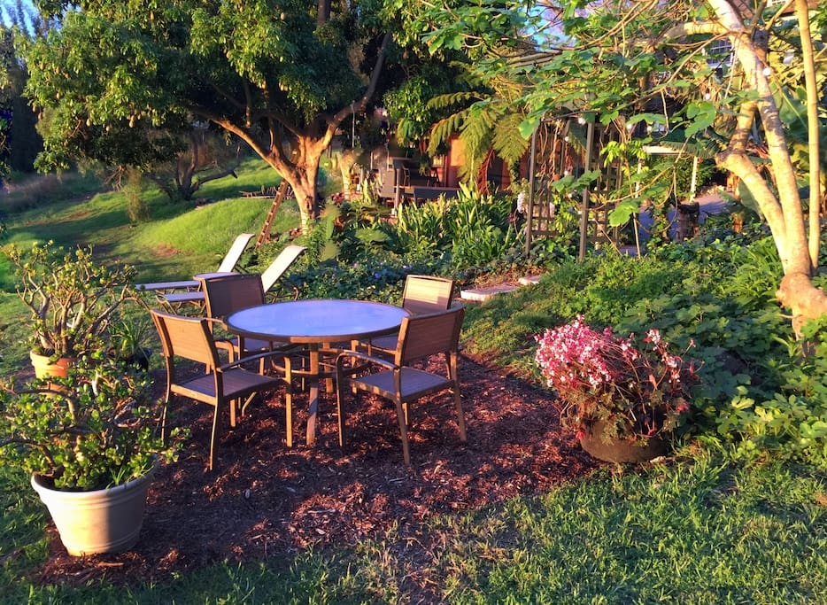 Guest's private picnic table