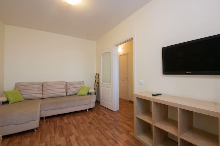 Уютная однокомнатная квартира - Krasnoyarsk