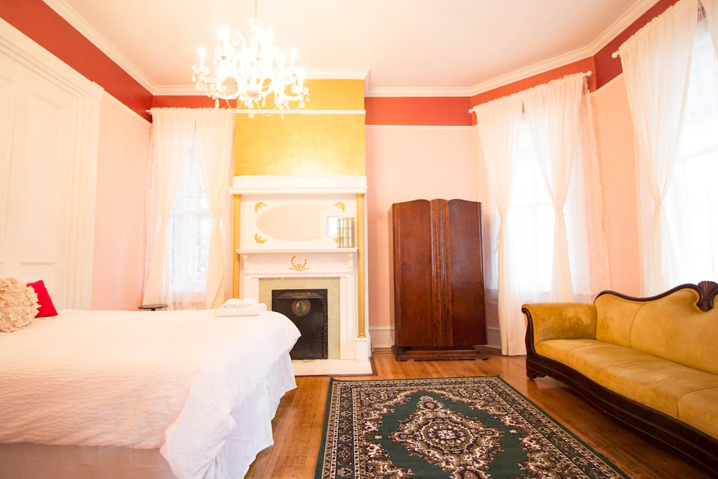 the bette davis suite in starland houses for rent in