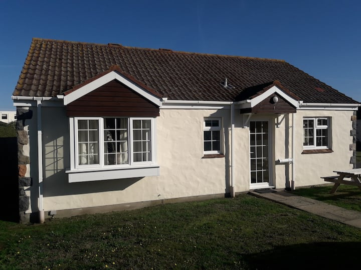 Perelle Cottage - Guernsey 4 Star Self Catering