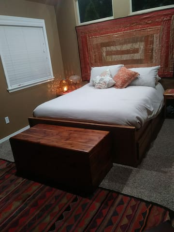 Comfortable Queen Tempur-Pedic bed for a great night's sleep.  Electric stove for heating, along with central heating.