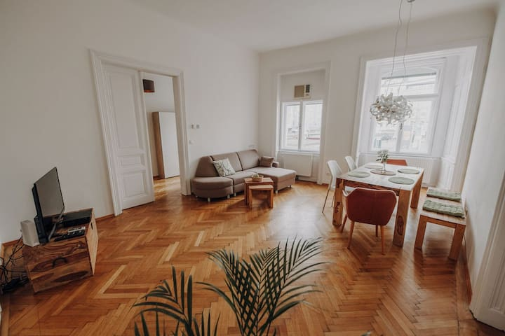 New: Jewel in the heart of Vienna with 120sqm