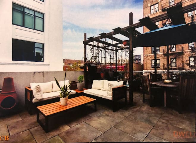 Duplex w Rooftop Patio JAN/FEB 50% OFF