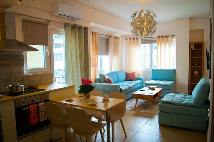 SUNNY CENTRAL LUXURY APARTMENT