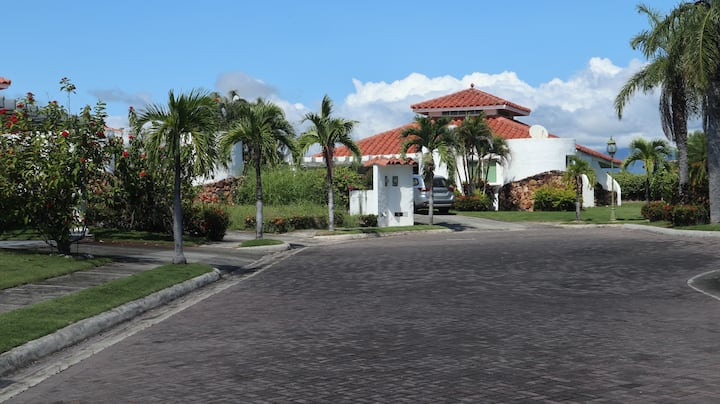 Casa en Vista Mar Golf, Beach & Marina