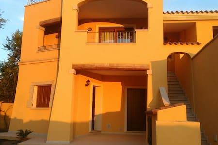 Villetta sul mare a Murta Maria - Murta Maria (olbia) - Hus
