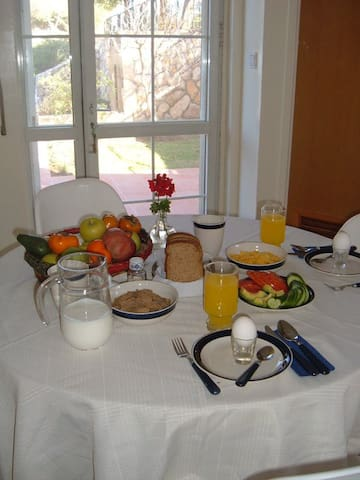 Efrat Bed and Breakfast, comfortable and cozy - Efrat - Szoba reggelivel